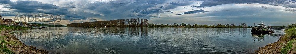 Pano04 - Wolkenpanorama am Rhein bei Nierstein