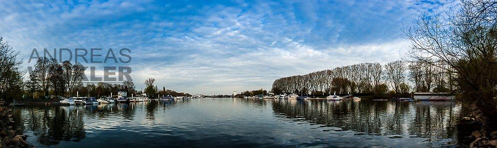 Pano06 - Schiersteiner Hafen